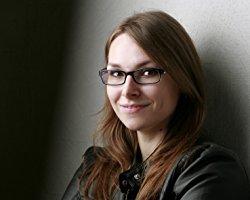 Augenschelm fragt: Tanja Hanika
